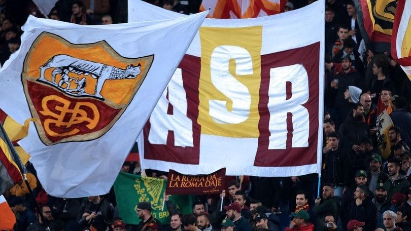 Roma, i tifosi pronti per il Genoa: