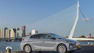 Hyundai, le foto della Ioniq Electric