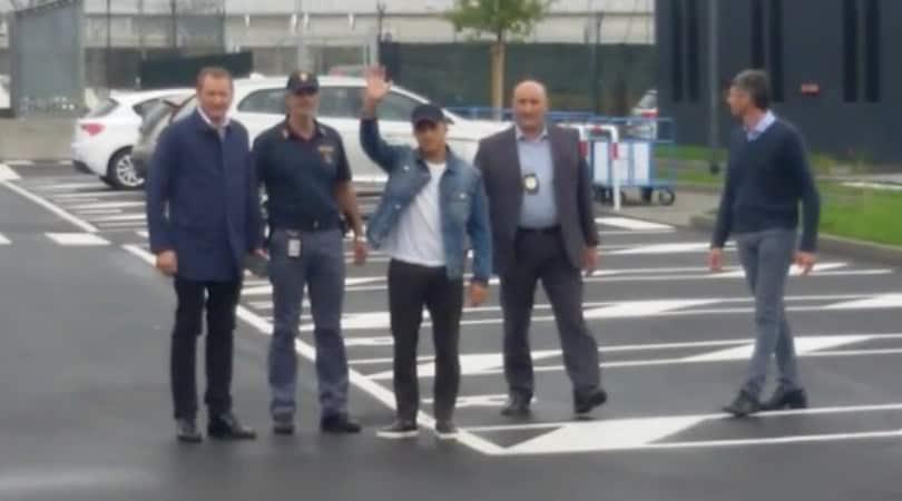 Inter, Sanchez è arrivato a Milano: ora visite mediche e firma