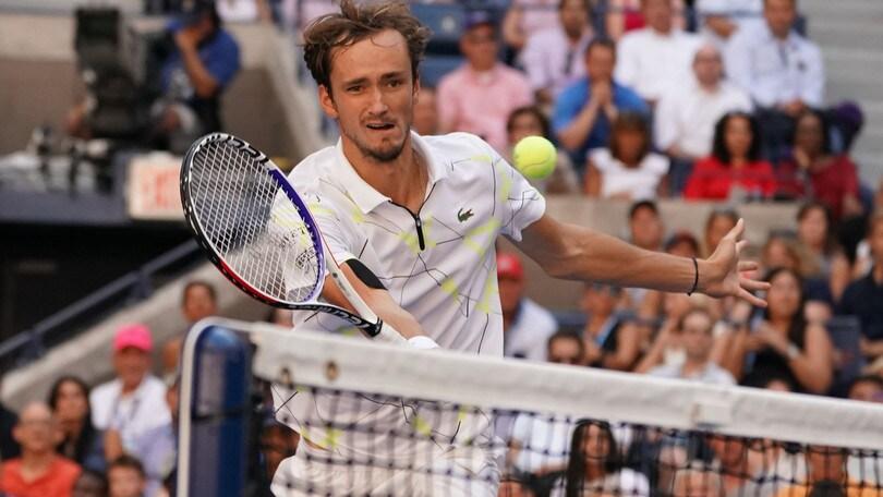 Us Open: Wawrinka eliminato, Medvedev vola in semifinale