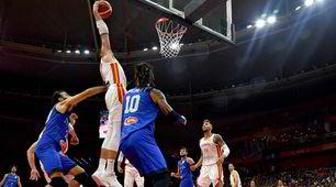 Italia, addio ai Mondiali di basket: la Spagna vince e va ai quarti