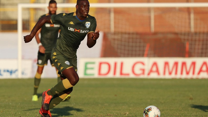 Brescia, battuto il Frosinone 3-2. In gol Balotelli