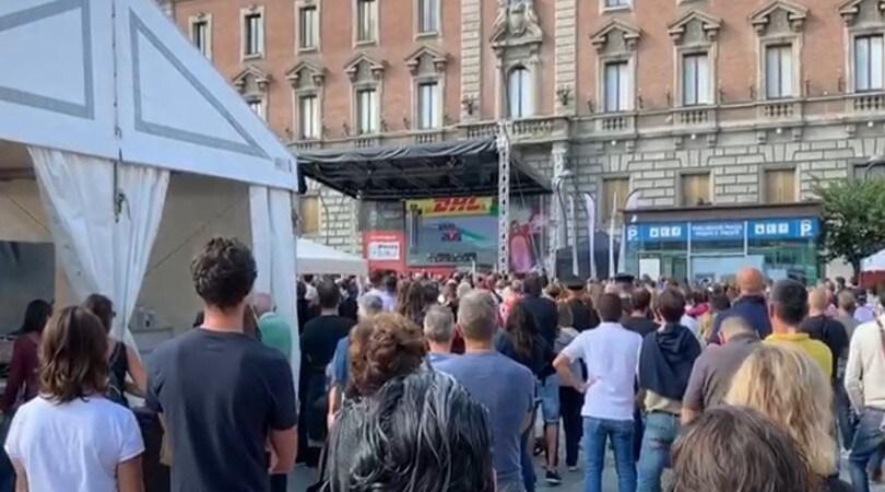 Entusiasmo in piazza a Monza per il trionfo di Leclerc
