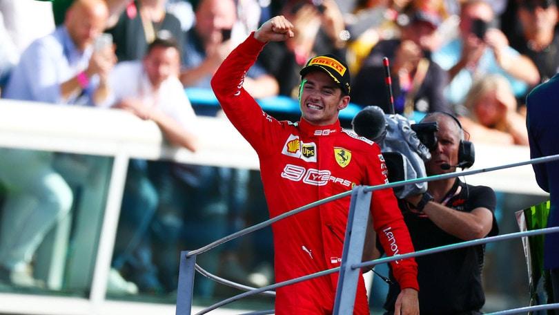 Leclerc spegne le polemiche: