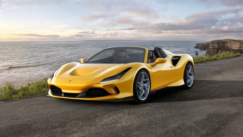 """Ferrari F8 Spider, """"scoperta"""" da brividi"""