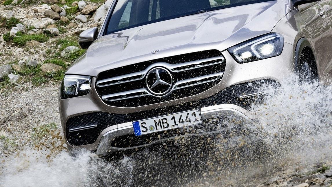 Nuova Mercedes GLE: le immagini