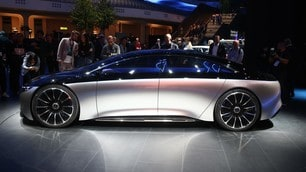 Mercedes Vision EQS, le foto dell'elettrica di lusso