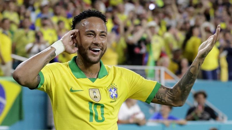 Barcellona-Neymar, il papà agente: