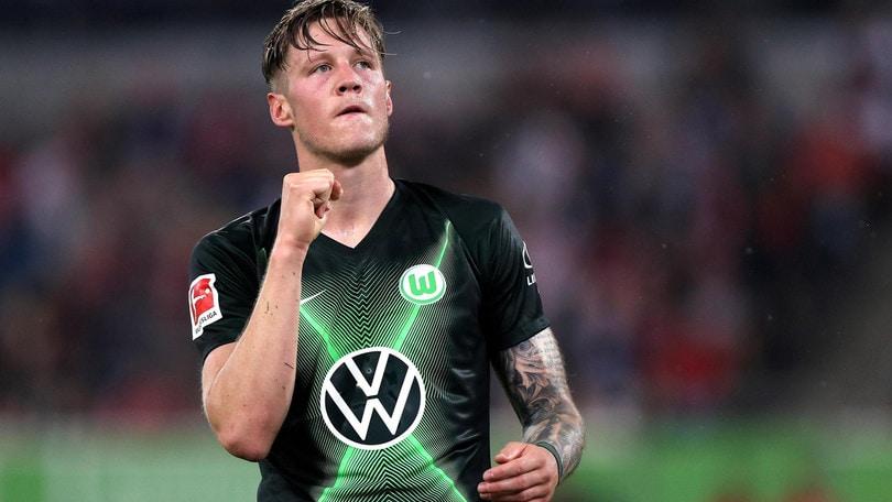 Bundesliga: il Wolfsburg fermato a Dusseldorf