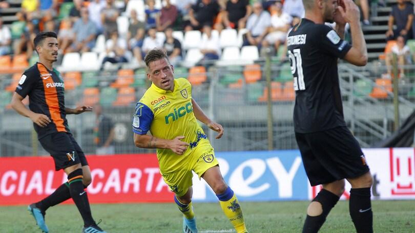 Venezia-Chievo 0-2: decidono Giaccherini e Djordjevic