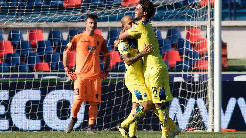 Serie B, colpo Pescara a Cosenza. Pari tra Crotone ed Empoli