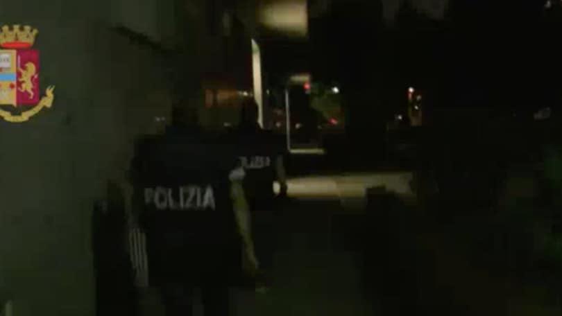 Arrestati capi ultrà Juve per estorsione e violenza