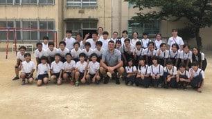 Rugby, gli azzurri tornano a scuola tra sorrisi e tanta emozione