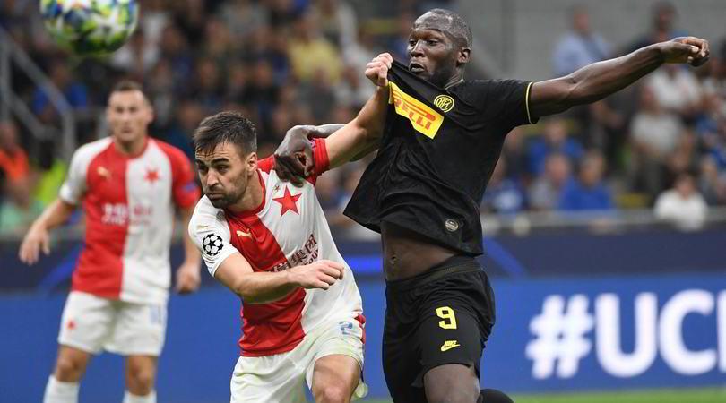 Inter-Slavia Praga 1-1: Barella salva i nerazzurri nel finale
