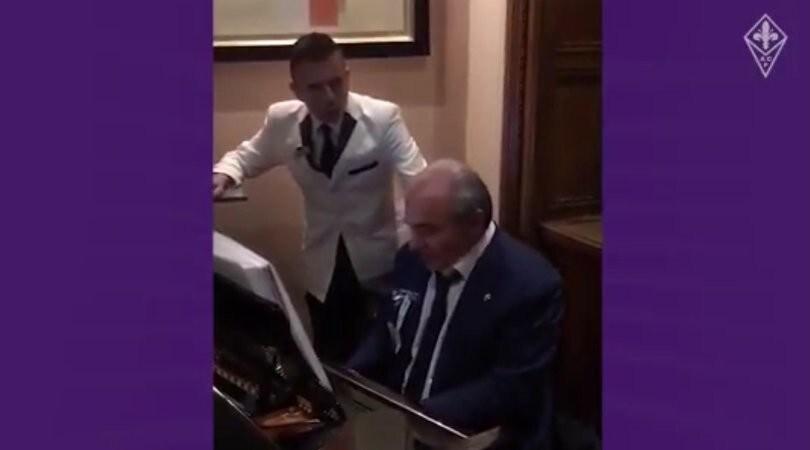 Commisso show: suona l'inno della Fiorentina