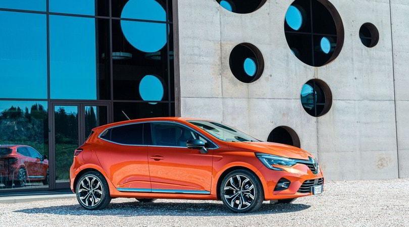 Prova Nuova Renault Clio, in regalo un abbonamento al Corriere dello Sport