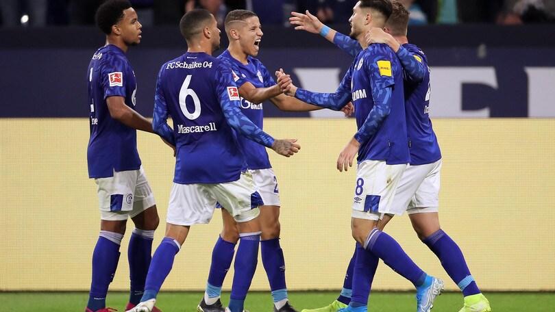 Bundesliga: Schalke 04 vittoria e vetta