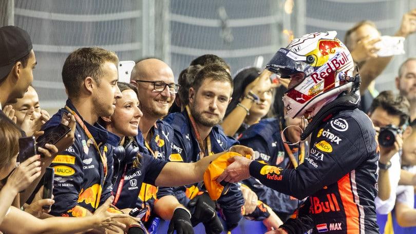 """Verstappen: """"Superare Hamilton al pit-stop è stata la mossa giusta"""""""