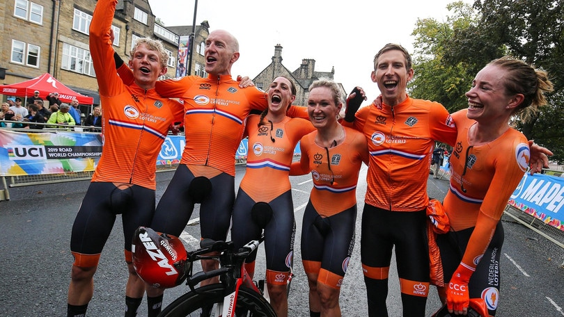 Mondiali ciclismo: all'Olanda la crono mista a squadre, Italia quarta