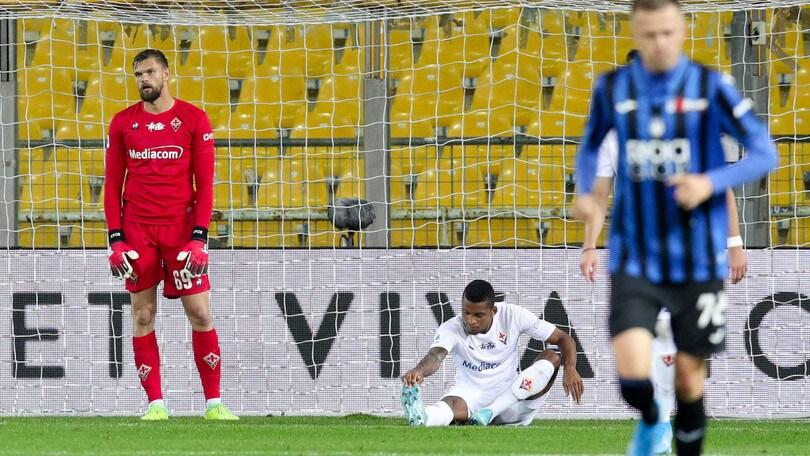 Cori razzisti a Dalbert, Orsato interrompe Atalanta-Fiorentina per 3 minuti