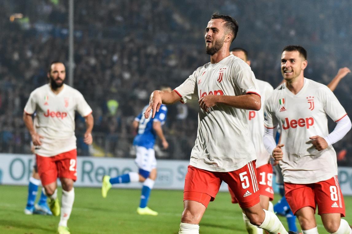 Juve, vittoria in rimonta a Brescia: decide Pjanic