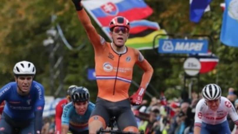 Mondiali ciclismo: Battistella conquista oro prova in linea U23