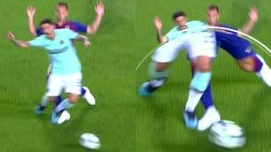 Arthur entra su Sensi: l'arbitro non dà rigore all'Inter