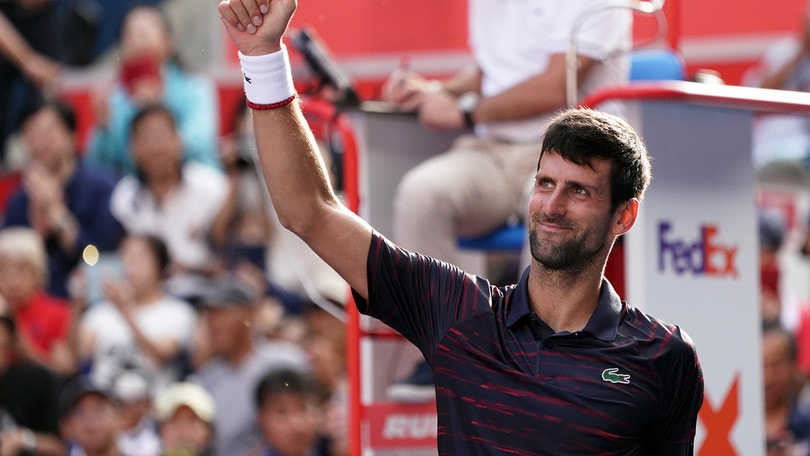 Djokovic batte Pouille e vola in semifinale all'Atp di Tokyo