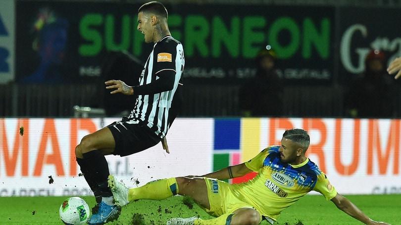 Ascoli-Pescara 0-2: Galano e Busellato sbancano il Del Duca nel finale