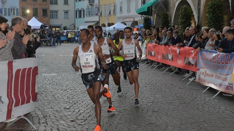 Giro al Sas, Telahun Haile vince la sfida con Muktar Edris