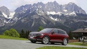 VW Touareg, prima prova su strada: immagini