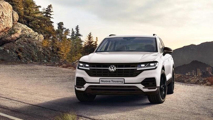Volkswagen Touareg Black Style, il SUV cambia pelle