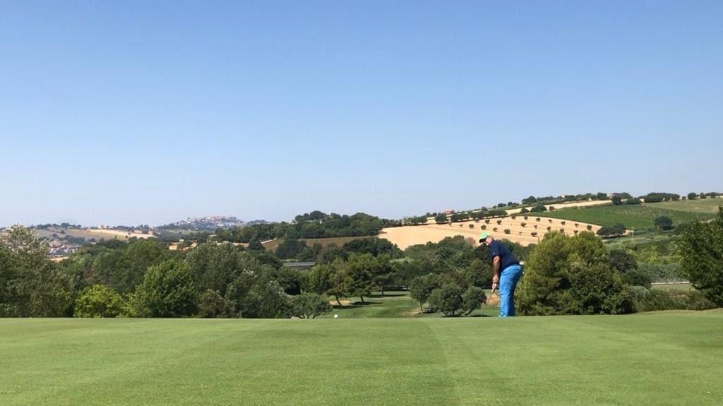 Edoardo Biagi si aggiudica il 2019 AID Golf Tour