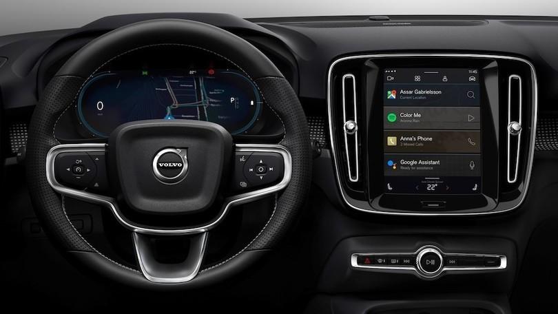 Volvo XC40 elettrica, esordio per Android Auto