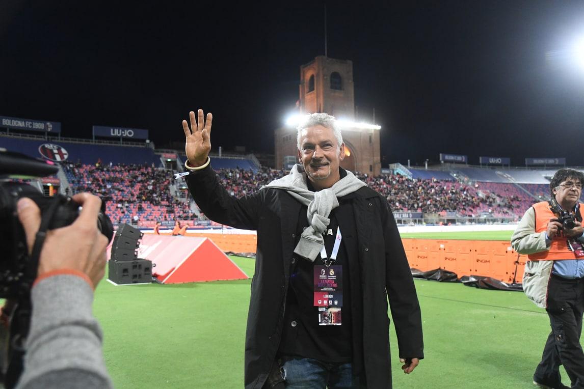 Baggio osannato a Bologna per la sfida al Real
