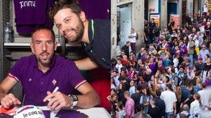 Ribery incontra i tifosi, che folla allo store della Fiorentina