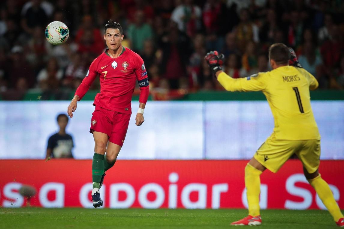 Super Cristiano Ronaldo, che gol! Quota 700 a un passo