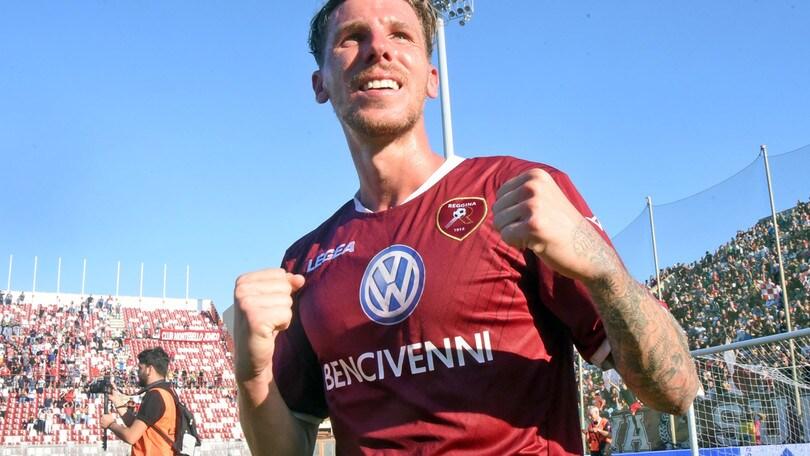 Corazza stende il Catanzaro, il derby dice Reggina. Padova-Ravenna 1-2
