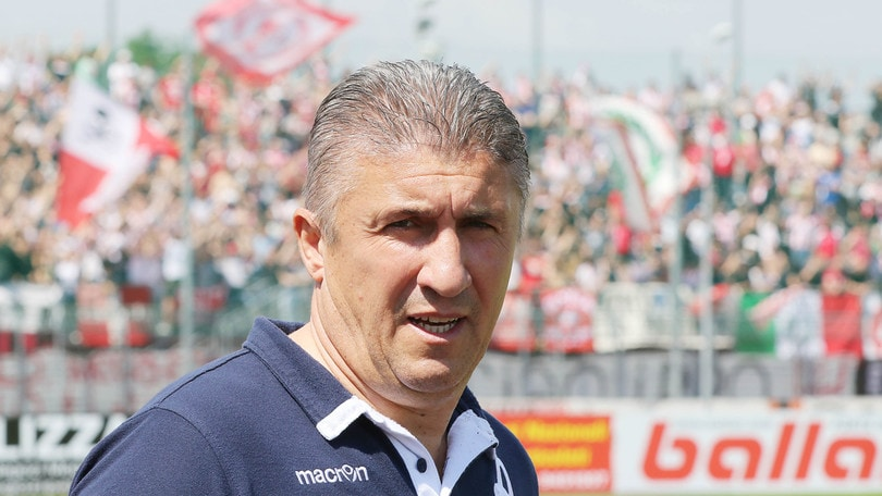 Gubbio, ufficiale: il nuovo allenatore è Torrente