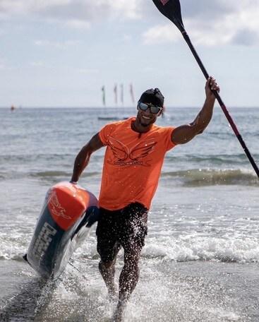 Canoa polinesiana e Sup, Nasiri vince la maratona sul lago Trasimeno