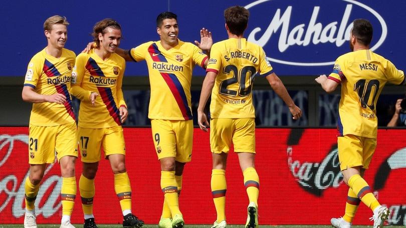 Griezmann, Messi e Suarez: il Barcellona conquista la vetta ad Eibar