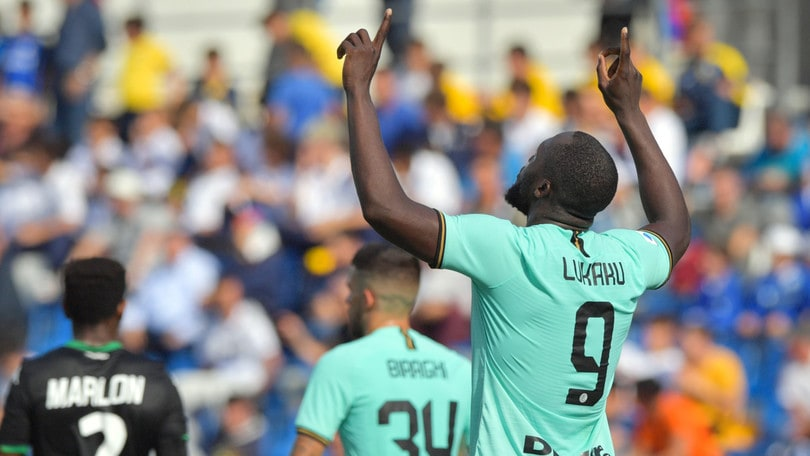 L'Inter insegue la Juve. Inghilterra, nuovo episodio di razzismo
