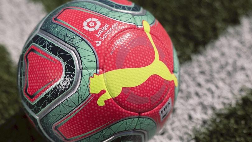 Il pallone della Liga in colori audaci