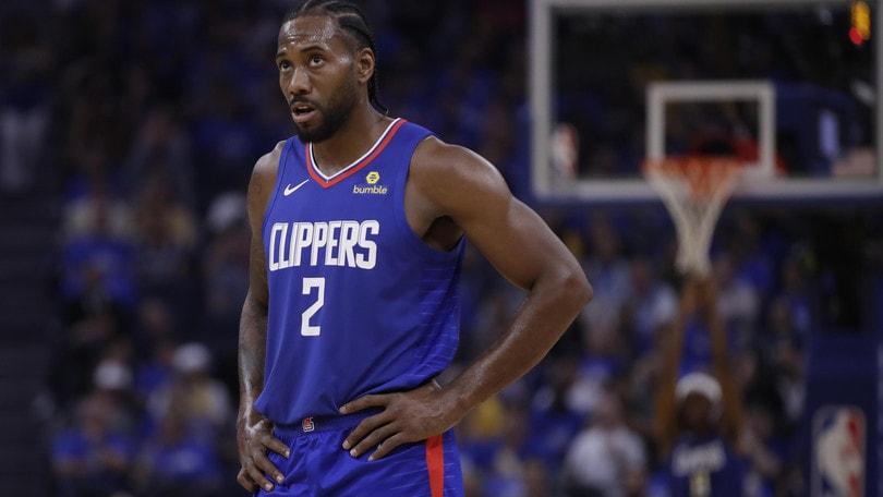 Nba, i Clippers travolgono i Warriors: Ayton positivo a diuretico
