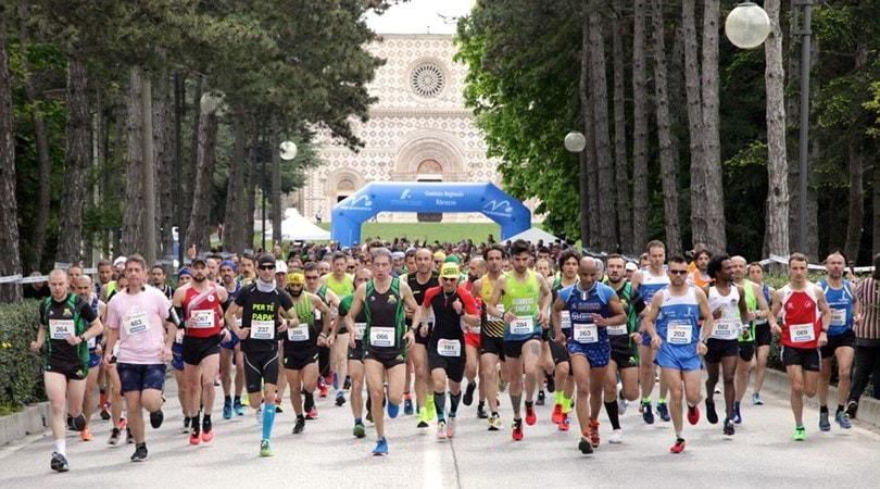 Mezza Maratona L'Aquila Città del Mondo sold out. Corrono anche gli arbitri di calcio