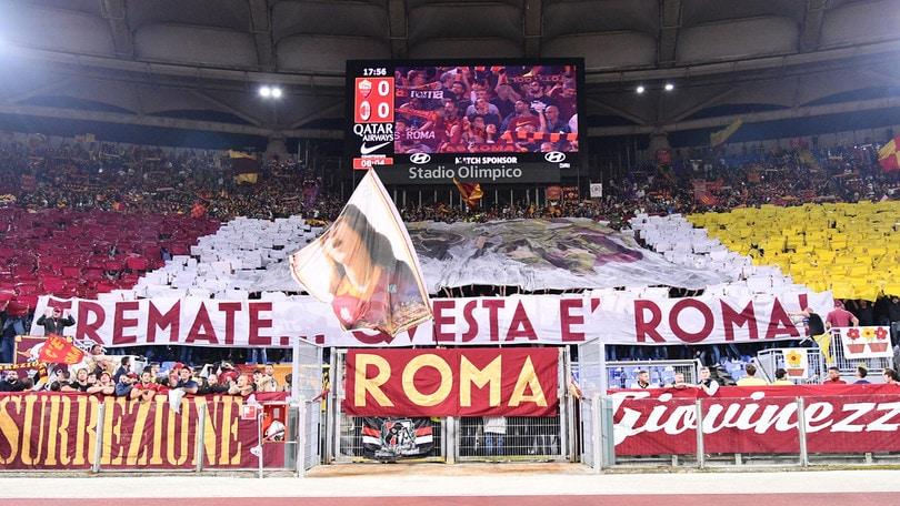 """Curva Sud, coreografia pre-Milan: """"Tremate... Questa è Roma"""""""""""