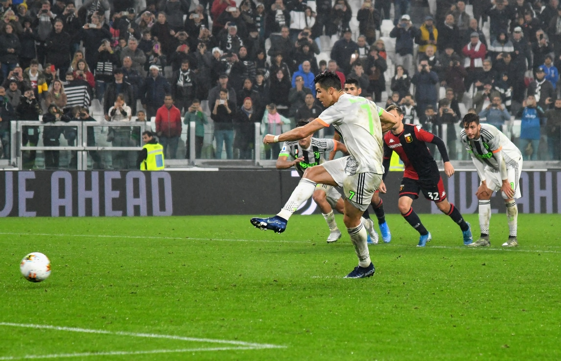 La Juve torna a strisce bianconere e vince con Ronaldo