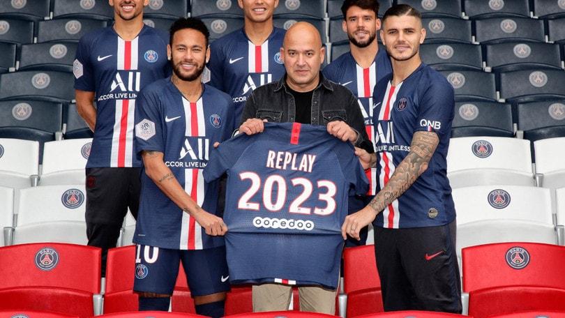 Replay insieme al Psg: il brand italiano è L'official Denim Partner della squadra francese