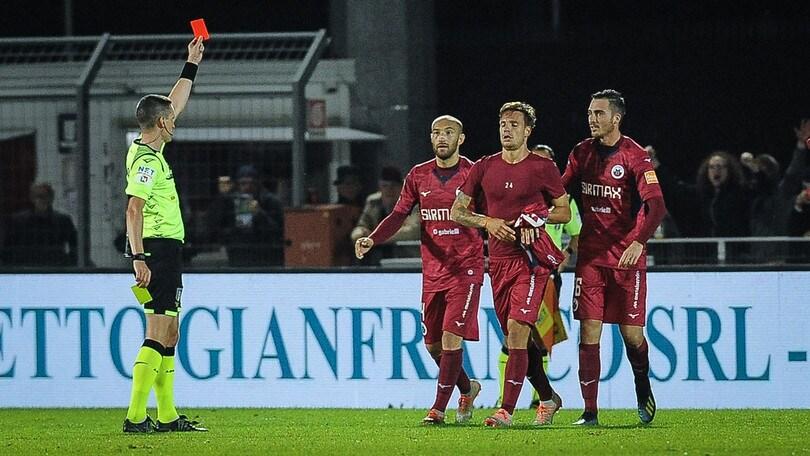 Serie B, il Giudice Sportivo ferma sette calciatori per un turno