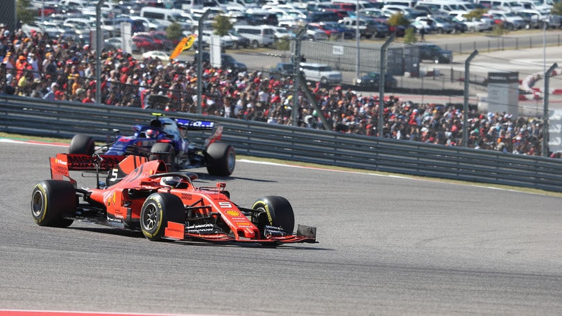 """Vettel: """"Problema strutturale, non so cosa sia successo"""""""